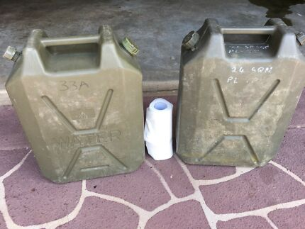 22L water  jerry can X 2