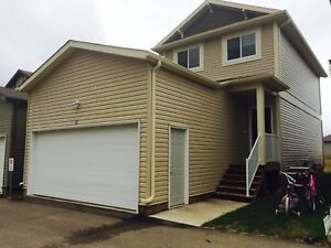 Home for rent in Rosewood for November 1