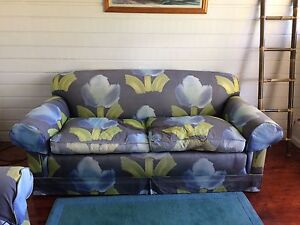 2x 3 seater lounges North Narrabeen Pittwater Area Preview
