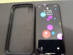 iPhone XR 128 GB + Free Case Excellent condition - Unlocked