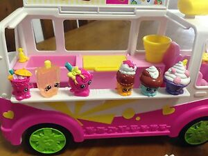 Shopkins sets x 4. Series 1.   Selling as 1 lot. Petrie Pine Rivers Area Preview