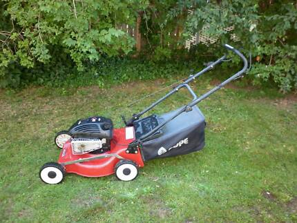 Pope 4 Stroke Lawn Mower*Excellent Condition*