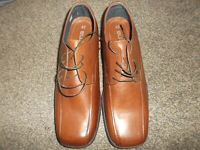 BURTON'S LACE UP SHOES - SIZE 9, NEW WITHOUT BOX