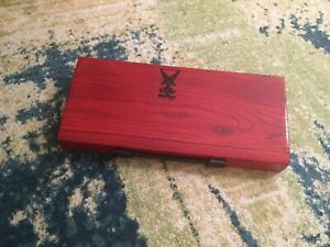 Handcrafted pedalboards and guitar/bass cabinets