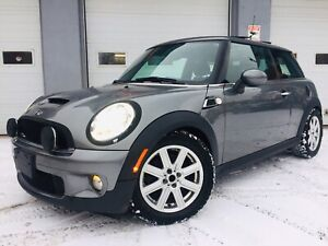 2009 Mini Cooper S - 6 speed manual - clean title