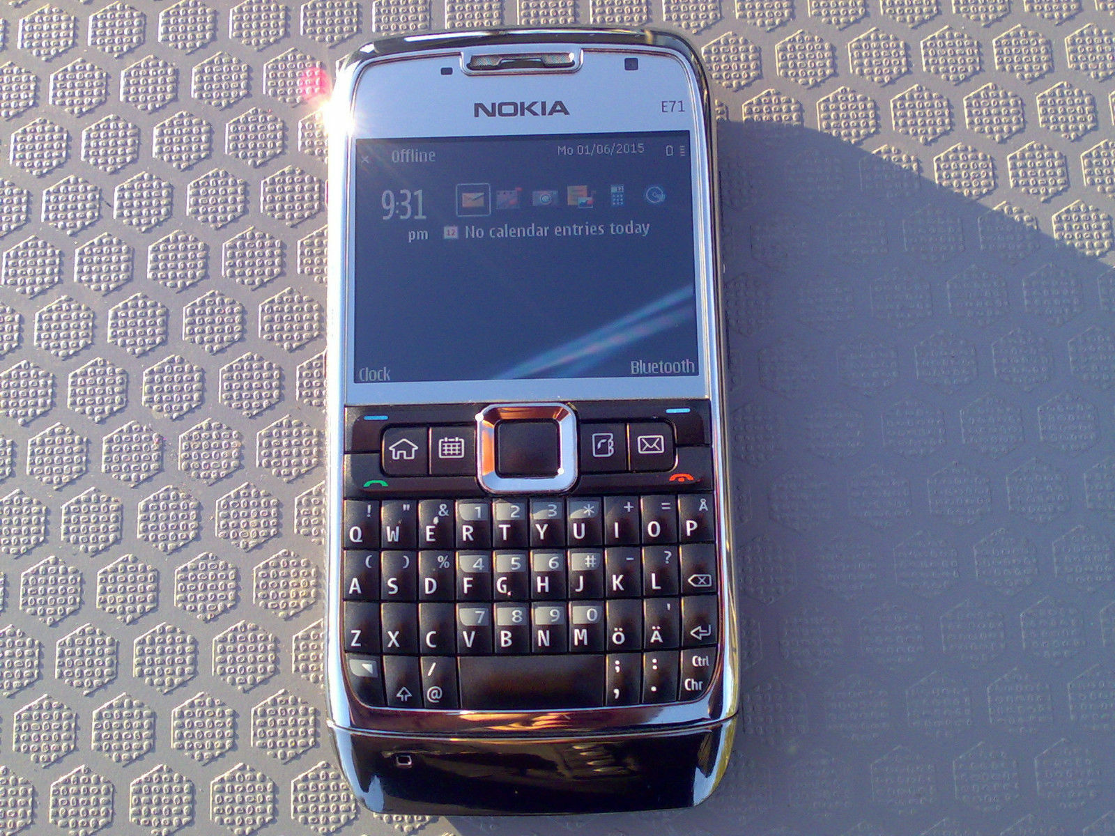 how to replace a nokia e71 lcd screen ebay. Black Bedroom Furniture Sets. Home Design Ideas