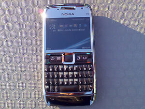 How to Replace a Nokia E71 LCD Screen