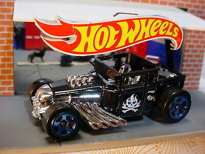 NEW 2020 Hot Wheels BONE SHAKER ☠Black;chrome skull;blue 5sp ☠ Multi Exclusive?