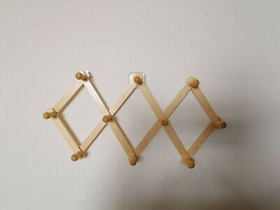 NEW EXPANDABLE WOOD RACK NEW -  HATS CUPS MUGS PEGS HOLDER WALL