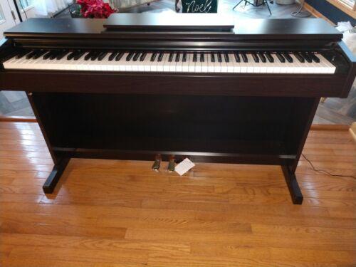 Yamaha Digital Piano YDP-144