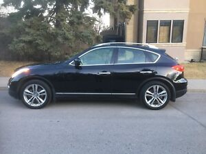 2011 Infiniti EX35 - low Kms, fantastic condition