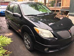Pontiac Vibe 2005 - AWD - Automatic - Low mileage - Black