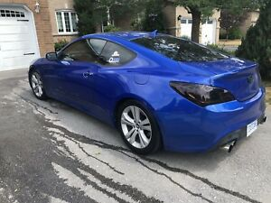 2010 Genesis Coupe 2.0T GT