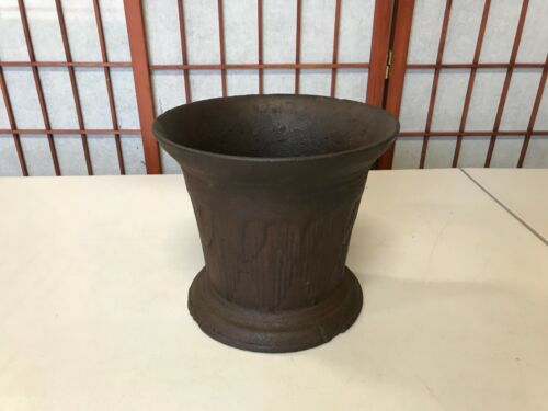 """Antique Griswold Cast Iron 17 lbs. Apothecary Mortar (No Pestle) 7 1/4"""" Tall"""