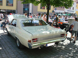 Opel-diplomat-a-v8-coupe-3