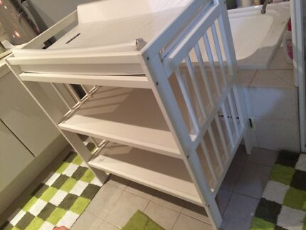 Nappy changing table Arndell Park Blacktown Area Preview