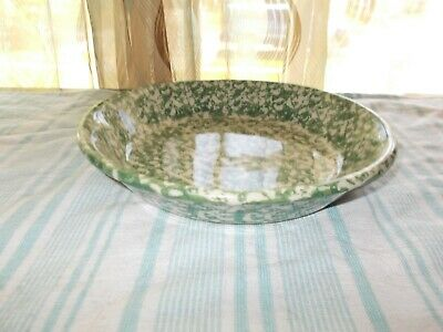 The Workshops of Gerald F Henn SPONGEWARE Pottery Green Pie Dinner Plate Bowl