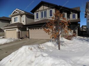 4 BED, 3.5 BATH 2-STOREY HOME,FINISHED BASEMENT W/ DOUBLE GARAGE