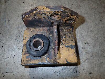 Deutz Diesel Engine Bf4l1011f Engine Mounting Bracket With Rubber Shoe