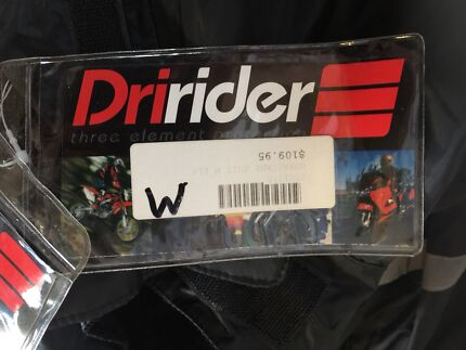 Dririder hurricane suit for motorcycle riding in the rain