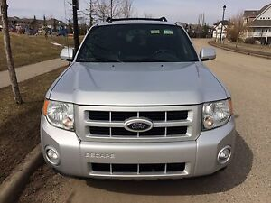 2008 FORD ESCAPE LIMITED 4WD SUV, CROSSOVER VERY CLEAN!