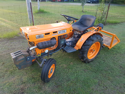 Kubota tractor, slasher and carry all Burpengary Caboolture Area Preview