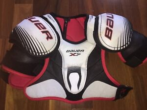 Bauer Vapor Hockey Shoulder Pads- Jr Large