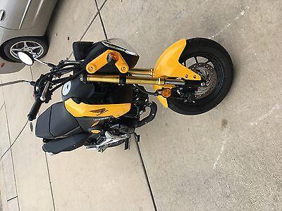 2015 Honda Grom  2015 Honda Grom  (1175 miles) CLEAN Yellow. One owner