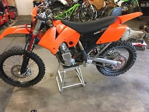 KTM SX 525 converted to an  EXC
