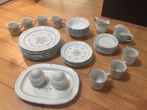 Cordella Dinnerware Collection