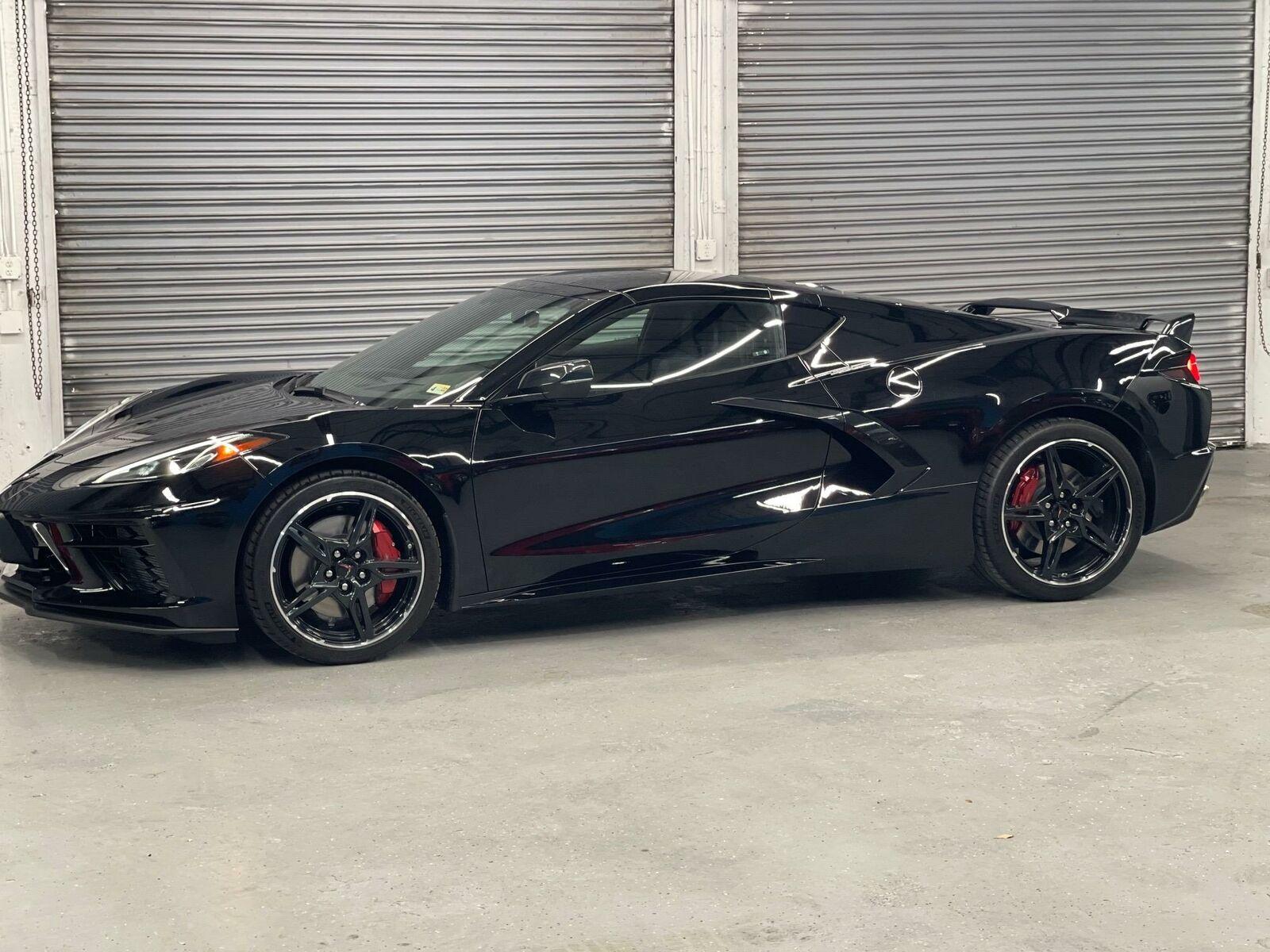 2021 Black Chevrolet Corvette  2LT | C7 Corvette Photo 6