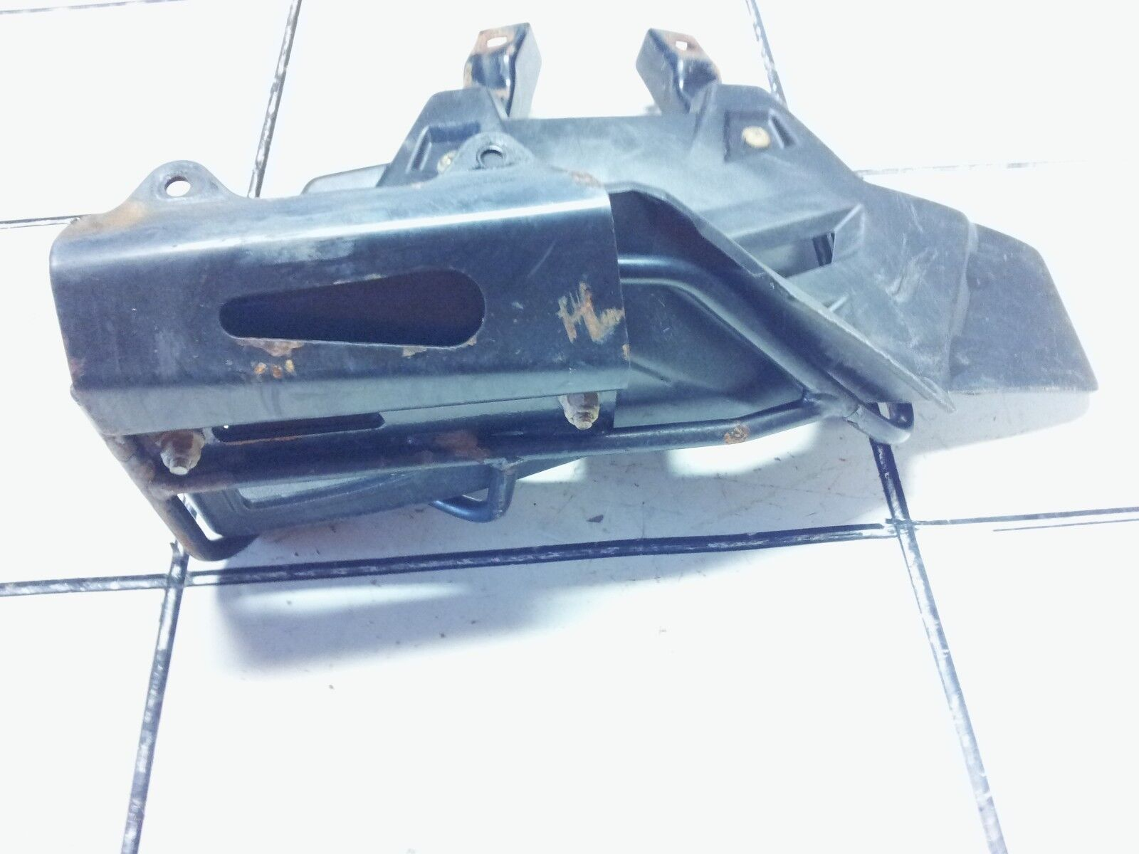 2003-2007 PREDATOR 500 OEM LEFT FOOT HEEL GUARD HEELGUARD W/ MOUNT 5434432-070