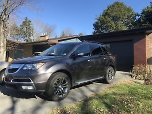 2011 Acura MDX low kms