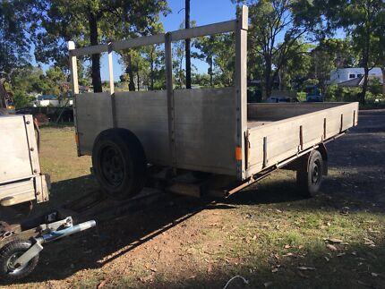 Custom aluminium tray trailer