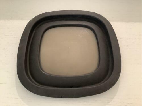 "Rubbermaid Premier Black Replacement Lid 10M5M6 9.25/"" Clear Window Seal Clean!!"