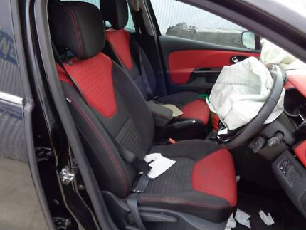 RENAULT CLIO INTERIOR RED AND BLACK...CHEAP!!! STOCK NO: 6676 Wingfield Port Adelaide Area Preview