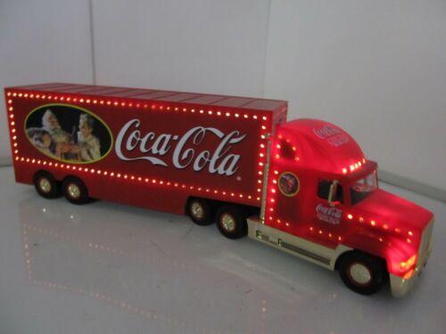 Coca-Cola 2000 Christmas Holiday Gold Caravan Semi-Truck (Lights Up !)