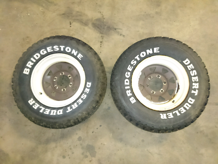 4x4 tyres and rim x2