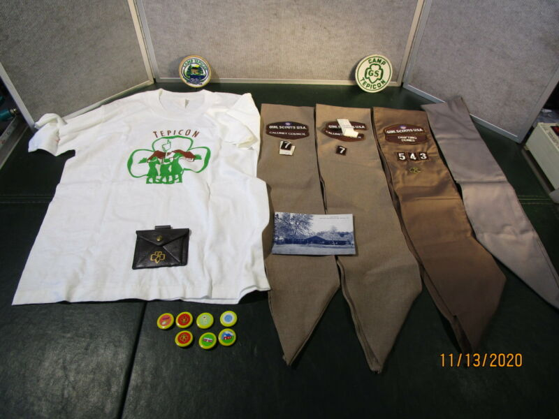 Vintage Brownie Girl Scouts Items