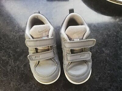 Boys Nike Trainers Infant Size 7.5