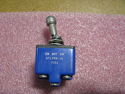 Micro Switch Toggle Switch 4tl256-1d Nsn 5930-00-941-8067