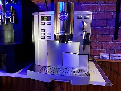 Jura Impressa S9 Bean to cup Coffee machine - Cappuccino