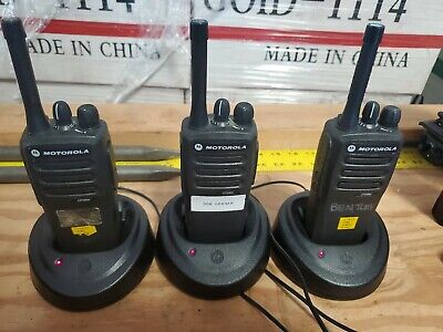 Lot Of 3 Motorola Cp200d Radios W Charger And Cords Aah01qdc9ja2an