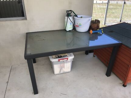 Out door table