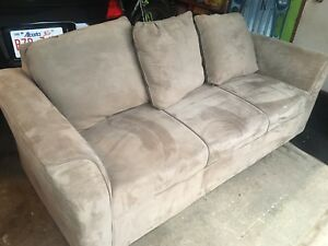 Couch With Free Delivery