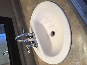 2 White Sinks with 2 Moen Taps for Sale