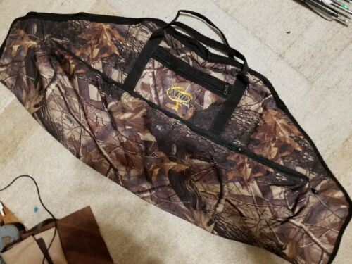 Oneida eagle Bow soft carry Case   Lever Action/ Traditional Bow Camo 2 pockets