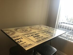 Design Republic Bar Height Table with 4 Stools