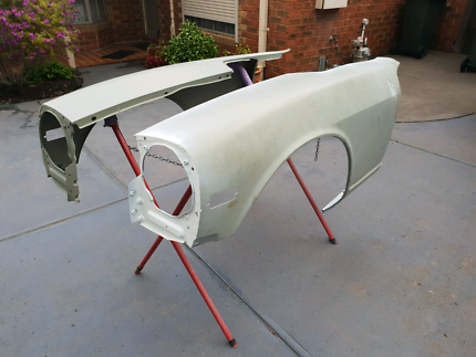 Datsun 240z 260z 280z front guards / fenders Strathmore Moonee Valley Preview
