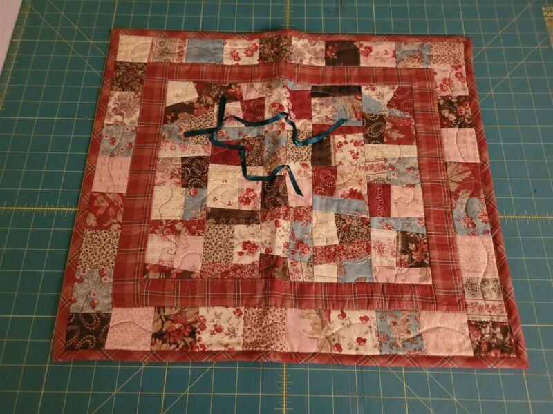 Hand Made Quilt Wall Hanging Table Topper Pieced